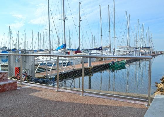 Capitainerie port camargue urban nt - Capitainerie de port camargue ...