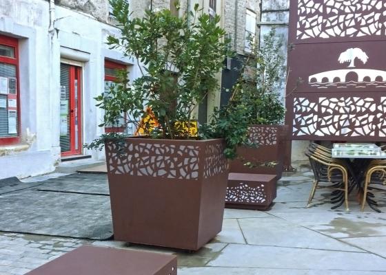 Ensemble de cube Hanaba, jardinière et totem décoratif